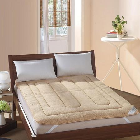 莱薇 仿羊羔绒加厚床垫150*200cm