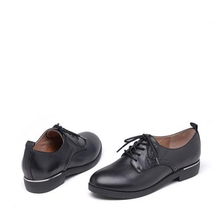 达芙妮经典系带低跟深口真皮牛皮平底鞋1016404030