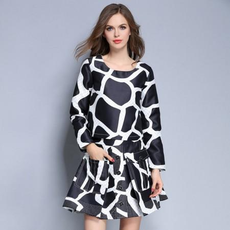 谜颜 白底黑方块裙套装·套装