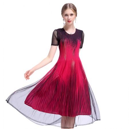 丝朵之丽 飘逸立体感褶皱网纱连衣裙·玫红