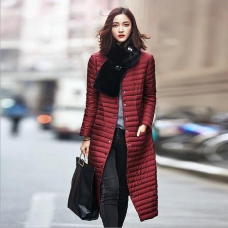 丝朵之丽 轻薄过膝长款羽绒服·酒红色