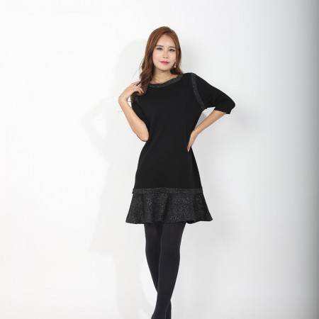 尚浓半袖褶皱裙摆圆领中长款针织衫鱼尾摆连衣裙·黑色