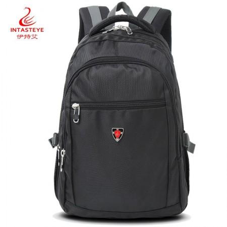 伊特艾 运动户包背包电脑包双肩包28·2810黑色