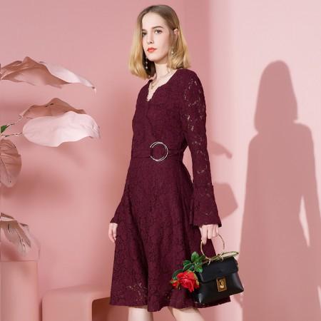 OLISI欧力丝女装连衣裙个性时尚V字领,镂空蕾丝喇叭袖a字中长连衣裙·绛紫色