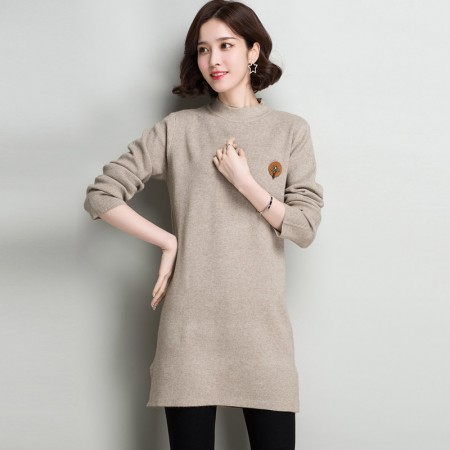 多多的世界 长袖修身纯色半高领韩版毛衣裙DD8060·驼色